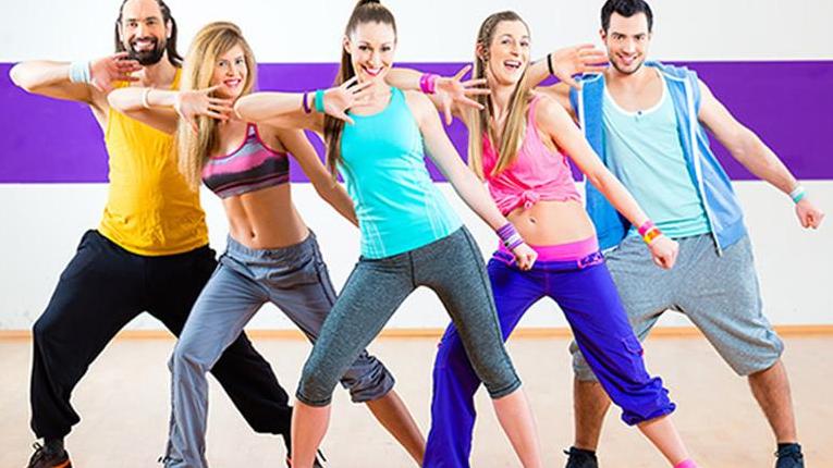 giáo viên dạy nhảy flashmob